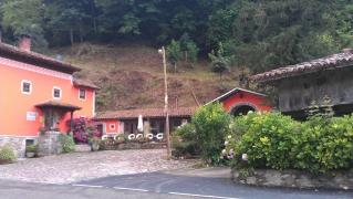 <h5>Aussenansicht Hotel</h5><p>Exterieur Hotel Peñalba in Asturias</p>